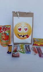 Party Buckets in the East Rand personalized party packs filled with quality sweets brown paper party bags027
