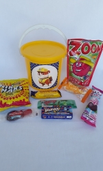 Party Buckets in the East Rand personalized party packs filled with quality sweets party buckets003