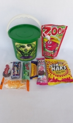 Party Buckets in the East Rand personalized party packs filled with quality sweets party buckets011