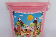 Party Buckets in the East Rand personalized party packs filled with quality sweets party buckets017