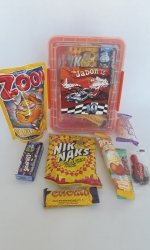 Party Buckets in the East Rand personalized party packs filled with quality sweets lunch box011