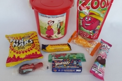 Party Buckets in the East Rand personalized party packs filled with quality sweets party buckets004